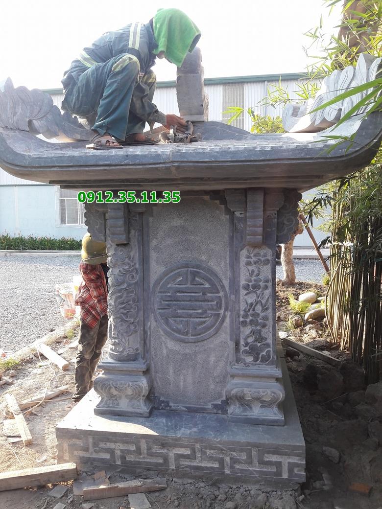 miếu thờ bằng đá