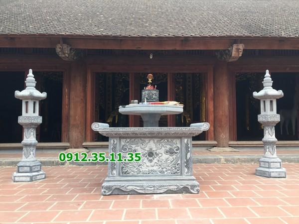 Đèn bằng đá ở đình chùa